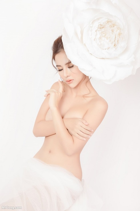 Sexy gai dep in nude art at HappyLuke Vietnam online casino